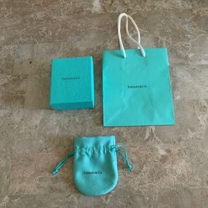 TIFFANY small gift box, bag and pouch